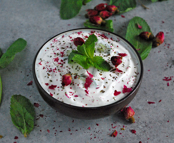 Mast o Khiar – Persian Yogurt and Cucumber Dip