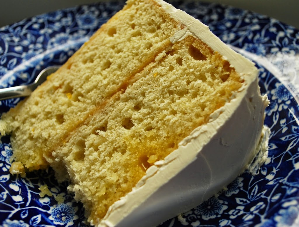 Ahu Eats: Lemon Curd Layer Cake