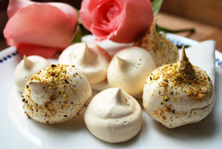 Ahu Eats: Rose Infused Meringue with Pistachio Dust