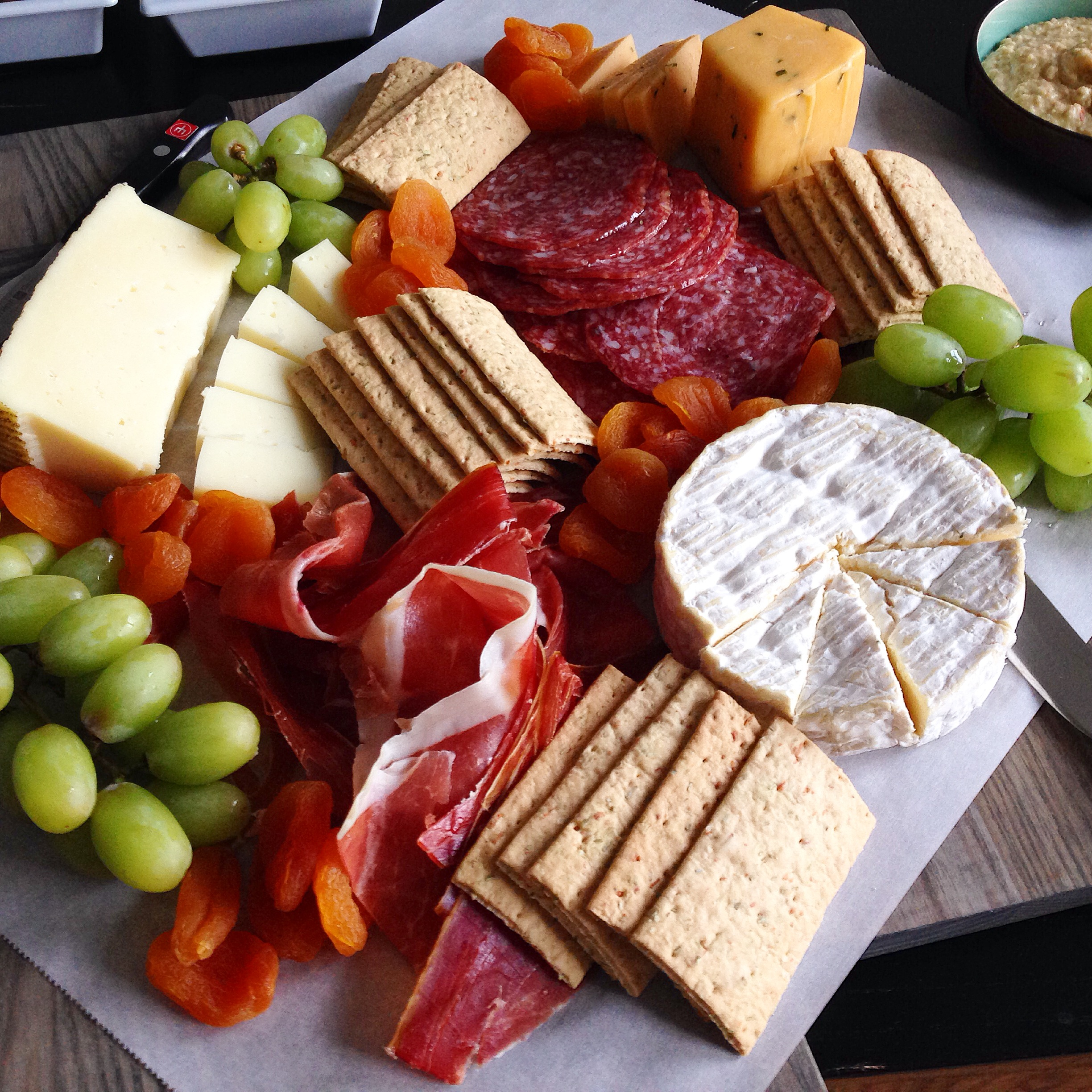 Charcuterie and Cheese Board : artisan cheese plate - pezcame.com